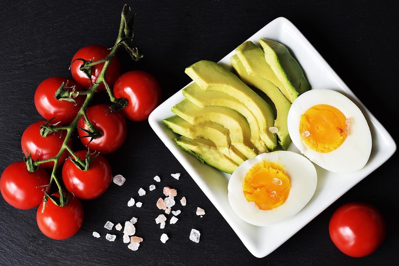 15 gustări delicioase care ajută la scăderea în greutate