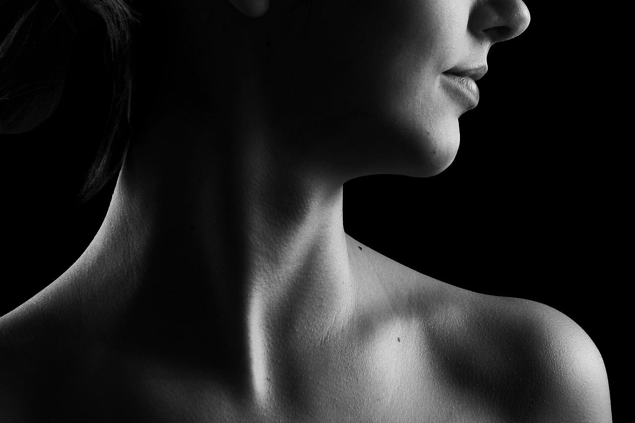 Senzația unui nod în gât: ce poate ascunde?  Distincția dintre un nod simplu în gât și …